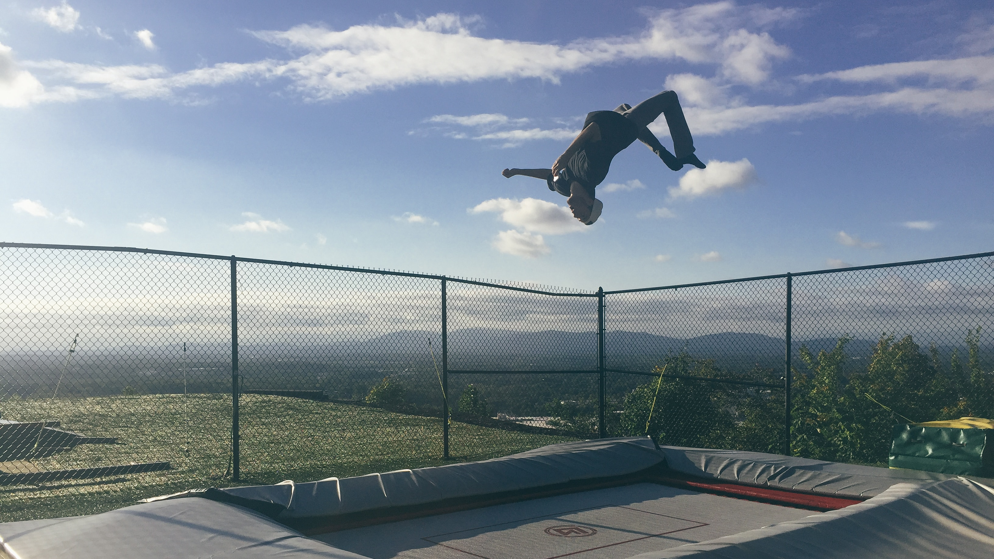 Important Considerations To Make Before You Get An In Ground Trampoline